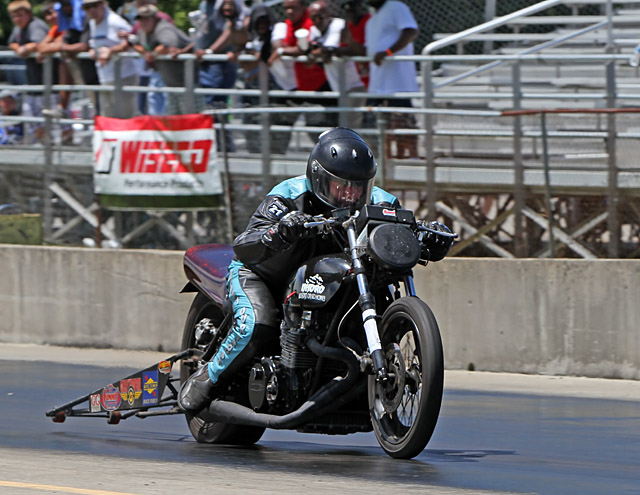 Brown Doubles Paquette Streaks At Nhdro Louisville