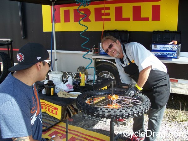 Pirelli Motocross Tires Changing