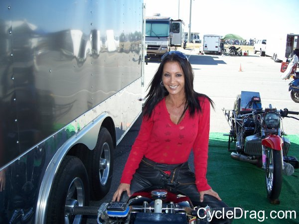 Pretty Female Dragbike Racer
