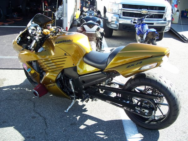 Gold Kawasaki ZX-14