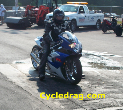 GSXR 1000 Sport Bike Drag Racing