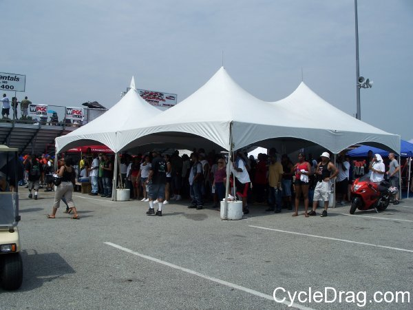 Maryland International Raceway Dragbike Race