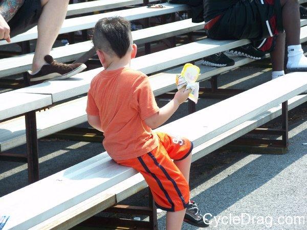 Drag Racing Fan