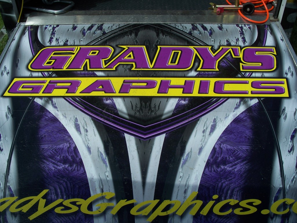 Grady's Graphis Trailer Wor