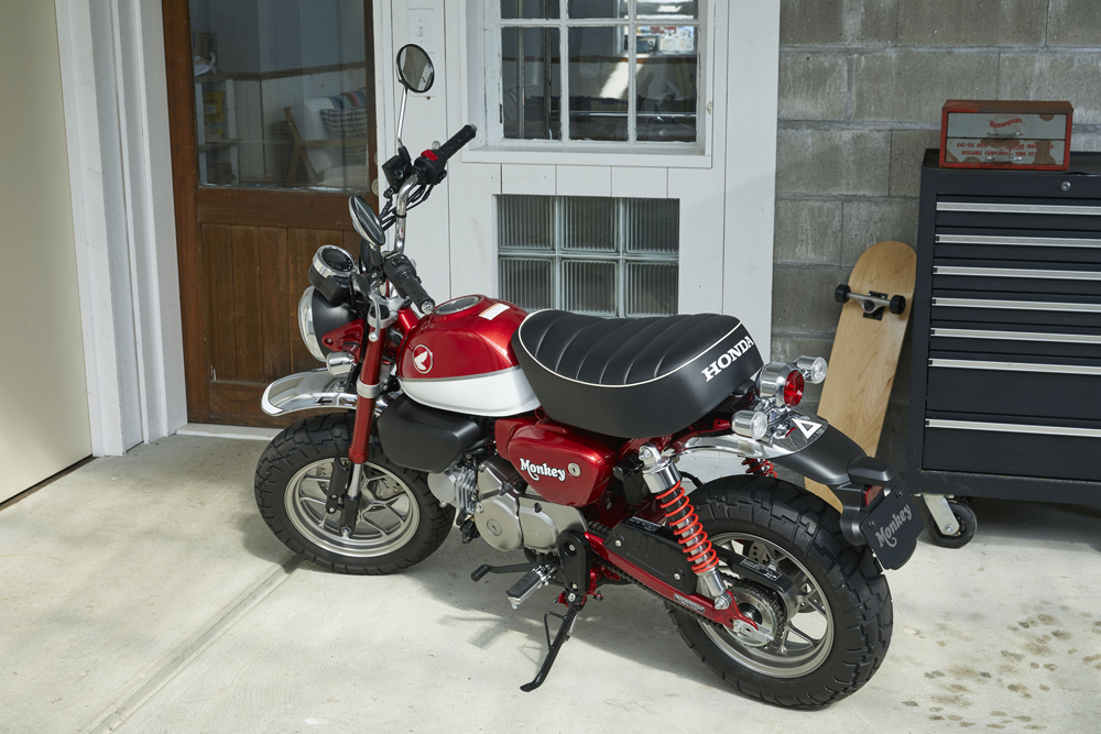 honda to bring monkey and super cub c125 to u s market who wants one dragbike news. Black Bedroom Furniture Sets. Home Design Ideas