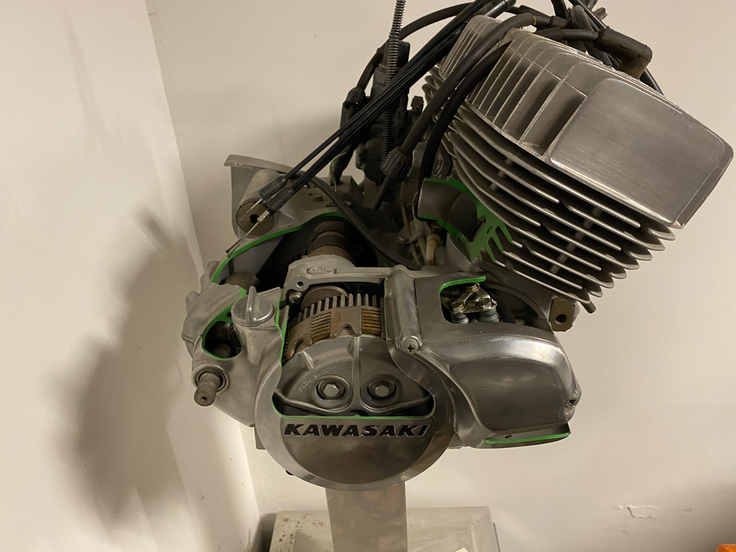 h1 500 Cutaway Engine